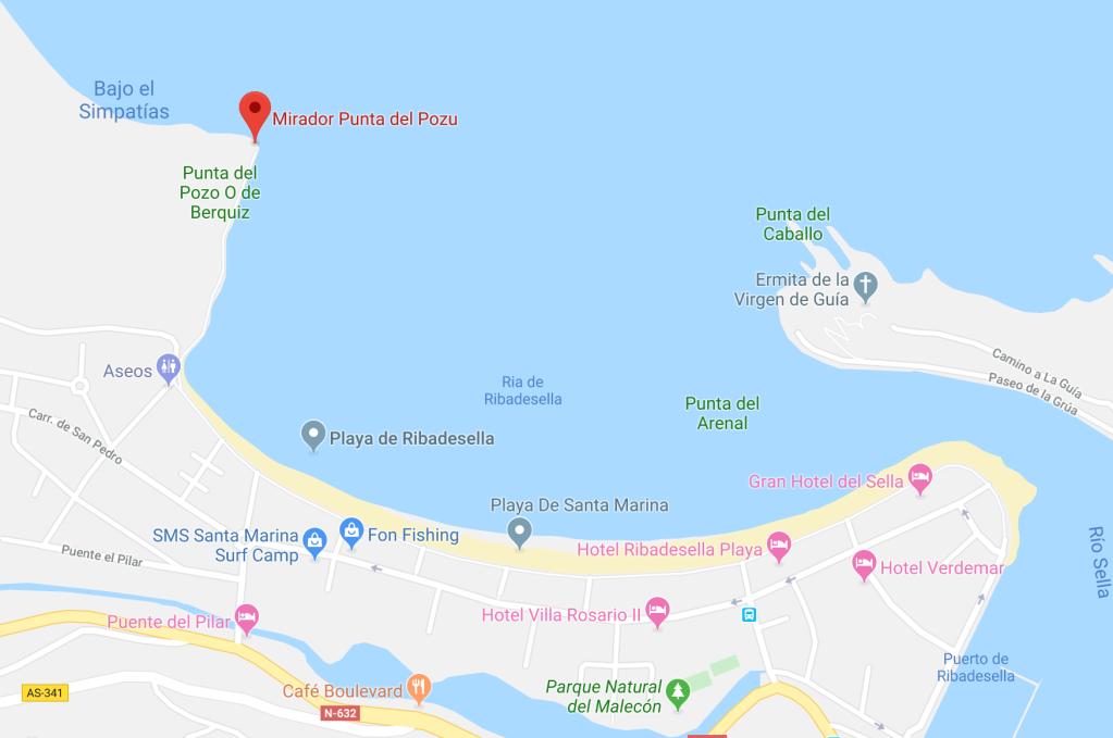 Localización de los yacimientos de Ribadesella, en la parte izquierda de la playa de Ribadesella encontraremos un paseo que nos llevará a un mirador. Seguiremos ese paseo pues están al lado del mirador